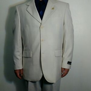 Stacy Adams Other - NWT cream suit jacket