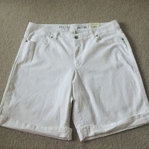 Sonoma Pants - NWT Pretty Denim Bermudas