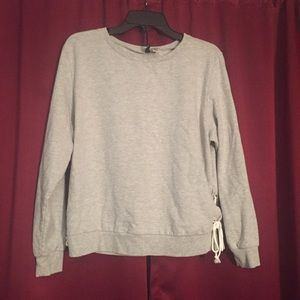 H&M Tops - Sweatshirt