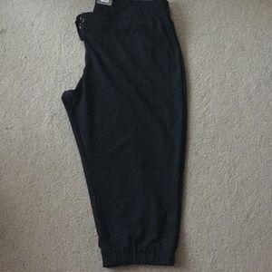 tek gear Pants - NWT Lightweight Capri