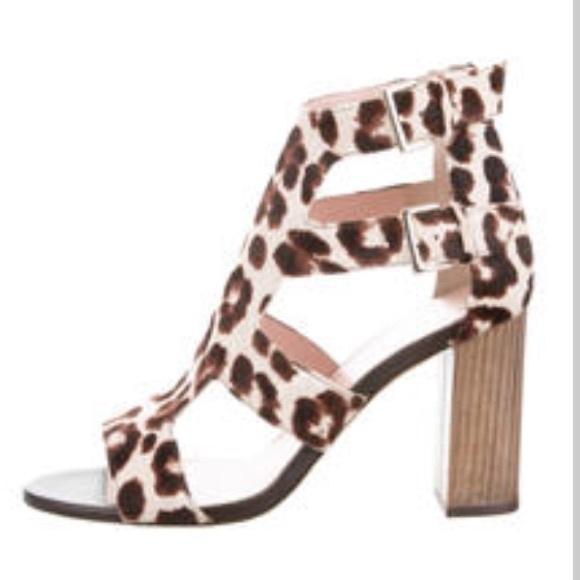 ba18f853bf8 🚨Price⬇️Kate Spade Ilemi Calf fur shoe