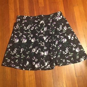 American Eagle Outfitters Dresses & Skirts - Floral Skirt
