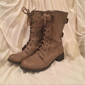 Soda Shoes - Brown Combat Boots