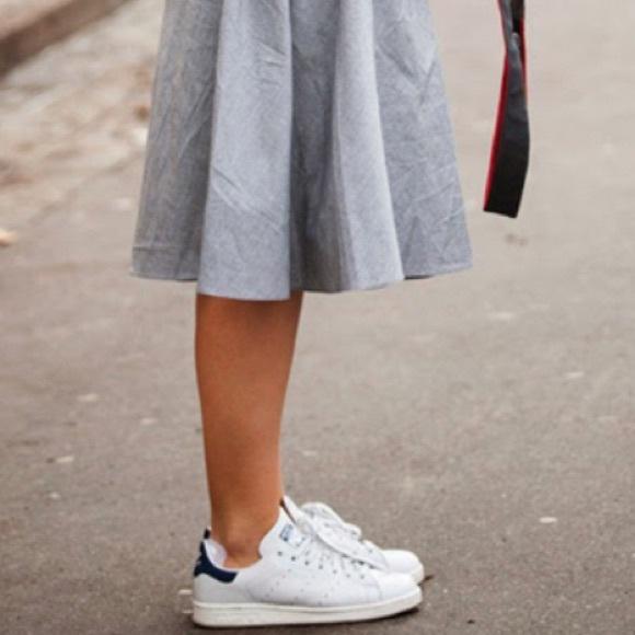 Adidas Stan Smith white & navy women's sz 9