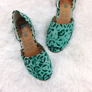 BC Footwear Shoes - BC happy as a clam emerald Della print flats