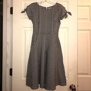shabby apple Dresses & Skirts - Shabby Apple Black & White Gingham Midi Dress 0P