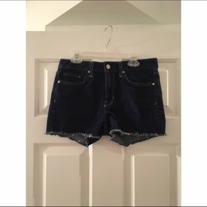 GAP DARK JEAN SHORTS
