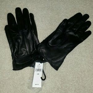 Banana Republic Accessories - Nwt black leather gloves