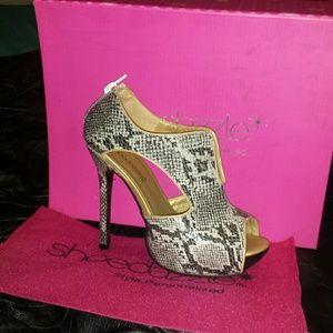 """Shoedazzle Heels """"Snakeskin"""""""