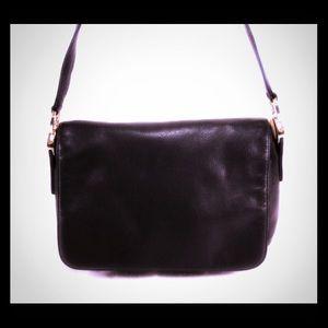Valerie Stevens Handbags - VALERIE STEVENS Black Leather Shoulder Bag