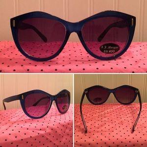 A.J. Morgan Accessories - A.J. Morgan Blue Retro Cat Eye Plastic Sunglasses