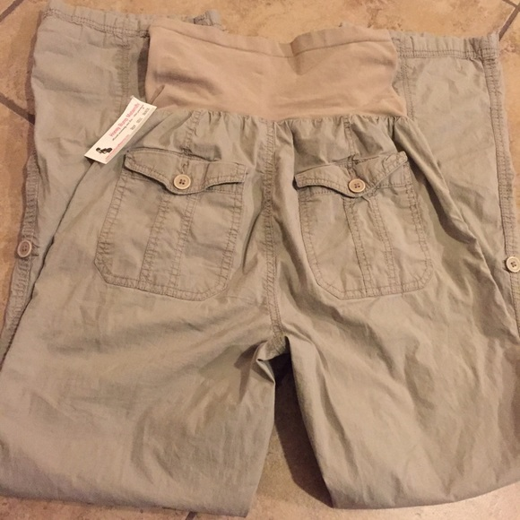 Oh Baby by Motherhood Pants - 🎁 Maternity khaki pants size medium + FREE GIFT