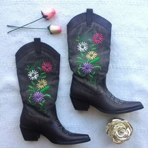 Two Lips Shoes - HP 🌷Floral Cowgirl Boots (NWOT)