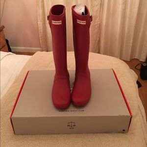 Hunter Boots Shoes - Military red Hunter rain boots