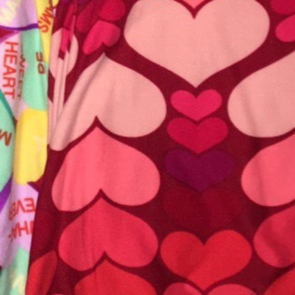 3dbf195cfd020 LuLaRoe Pants | Heart Valentine Leggings Os | Poshmark