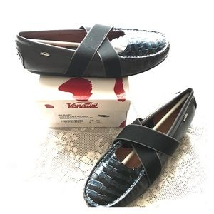 Venettini Other - VENETTINI DAISY NEW IN BOX GRAY LEATHER LOAFER