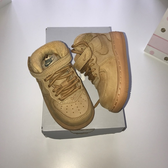 7fb930fd0d720d Toddler Nike Air Force 1 size 5c