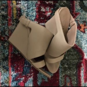 Vince Nude Leather Kaya Wedge Heels 8