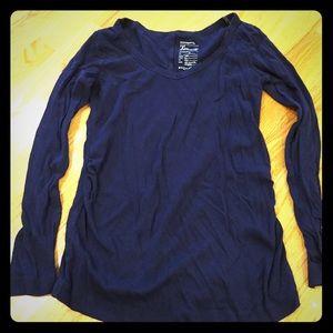 Gap maternity long sleeve shirt