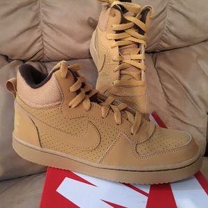 Nike Other - Nike Boys Sneaker