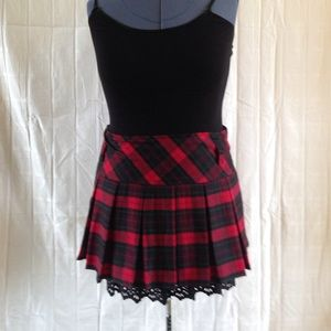 OASAP Dresses & Skirts - Fabulous plaid miniskirt
