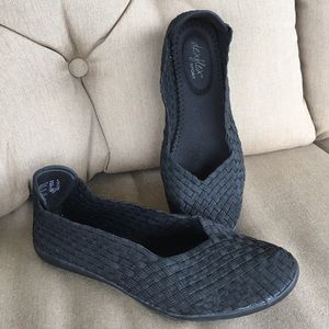 Women's Black flat comfy loafers