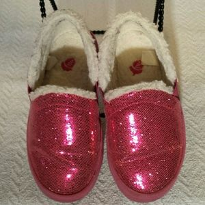 Acorn Other - Girl's Acorn Sparkling Pink Slippers