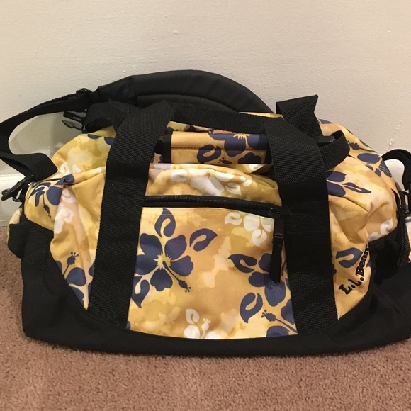 LL Bean Hawaiian Print Small Adventure Duffle