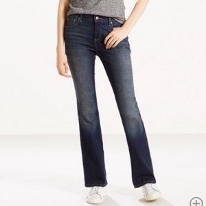 515 Bootcut Levi's Jeans