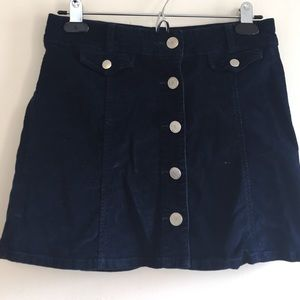 BDG. Size 4 corduroy skirt. Navy blue