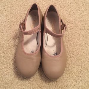 👯HOST PICK👯 Capezio Tan tap shoes