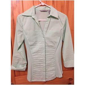 Larry Levine Tops - Women's cut - mint green button down shirt