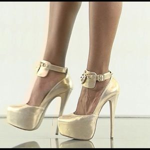 Penny Sue Shoes - King Gold by Penny Sue
