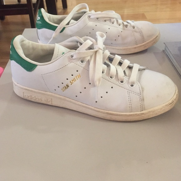 womens size 8 stan smith
