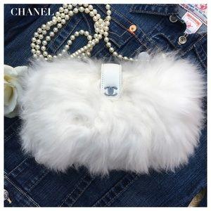 CHANEL Handbags - 🎉 HP CHANEL WHITE FUR BAG