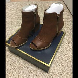 Mari A Shoes - Open Toe Booties