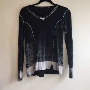Sweaters - Cullen. XS, black and Gray stone washed v-neck