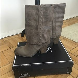LF Shoes - Brand new never worn MIA boots with box