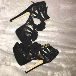 Shoes - Wild pair open toe/strappy heels!