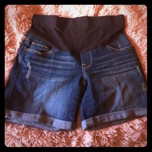 Small maternity jean shorts for summer