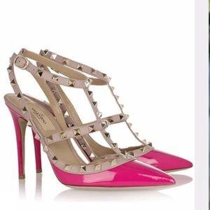 Valentino rockstud pumps in pink