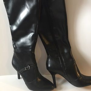 Studio Paolo Shoes - ✅2 for $15 Studio by Poalo Black Calf Boots