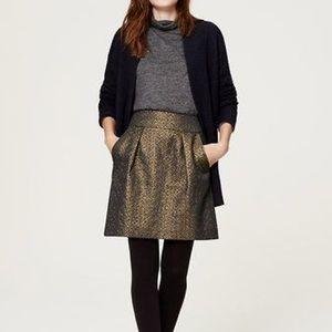 LOFT Dresses & Skirts - 🌹LOFT Metallic Jacquard Skirt