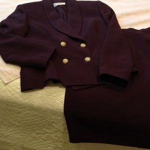Albert Nipon Other - Albert Nipon women's skirt suit. Size 10.