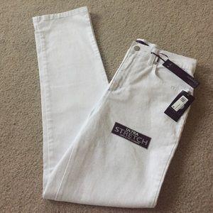 Gloria Vanderbilt Denim - NWT Slimming Jeans