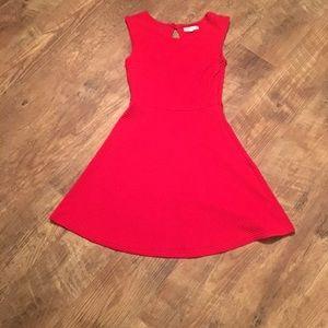 Alythea Dresses & Skirts - 💕 Bloomingdales ✨ Alythea Red Dress