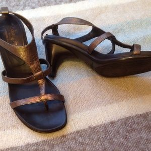 Donald J. Pliner Shoes - Donald J. Pliner Temira Sandals