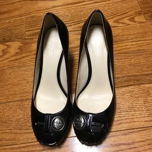 Patent leather COACH Pumps, never worn