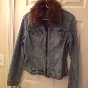 Axcess Jackets & Blazers - Zipper fitted denim jacket removable fur collar
