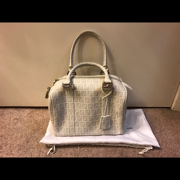 076ae7bba2 Fendi Handbags - Fendi Zucca boston bag in white.
